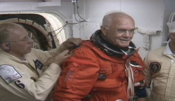 First American to orbit Earth, John Glenn dies at 95