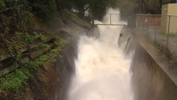 Atmospheric river continues to batter Northern California