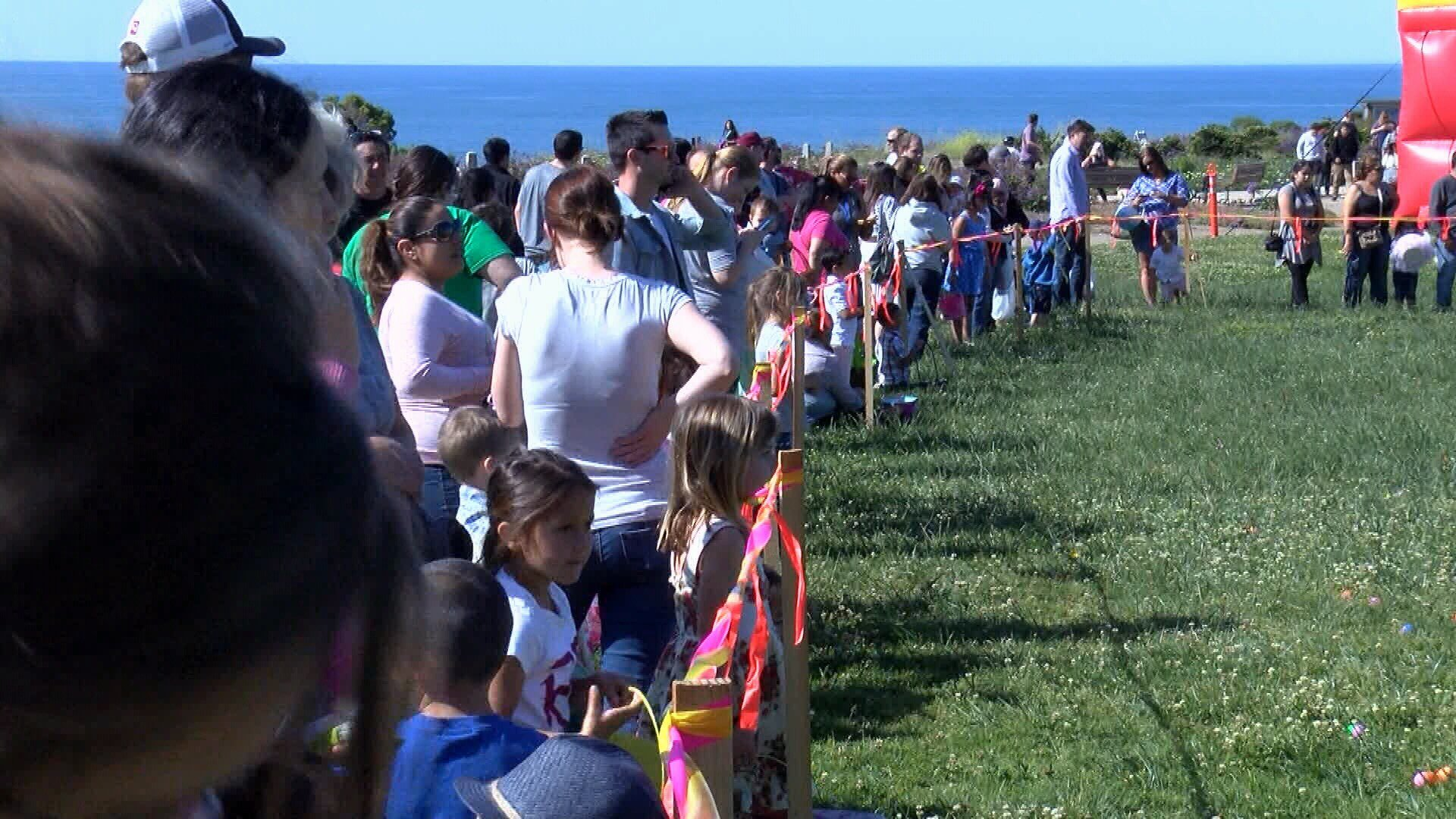 Kids Hunt For 10000 Easter Eggs At Hadley Park