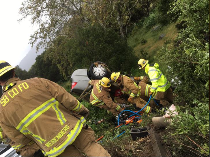Firefighters respond to a deadly crash along Highway 101 in the Gaviota area. (Photo courtesy Capt. Dave Zaniboni/Santa Barbara County Fire Dept.)