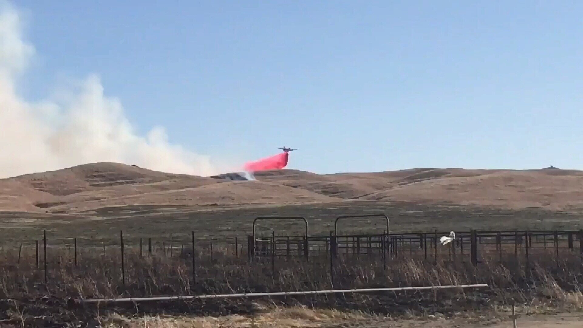 Wildfire in western Fresno County 100% contained