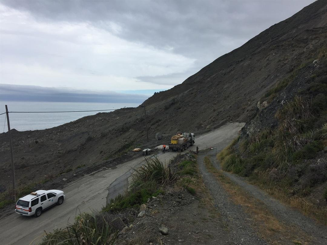 The Mud Creek Slide covers a portion of Highway 1 in Big Sur. (KSBY photo)