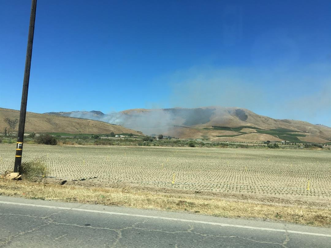 Vegetation fire off of Santa Maria Mesa Road. (KSBY photo)