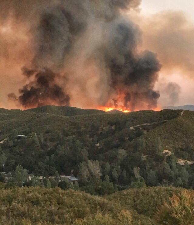 Hill Fire has grown more than 900 acres east of Santa Margarita. (Credit: Mary Franzmann)