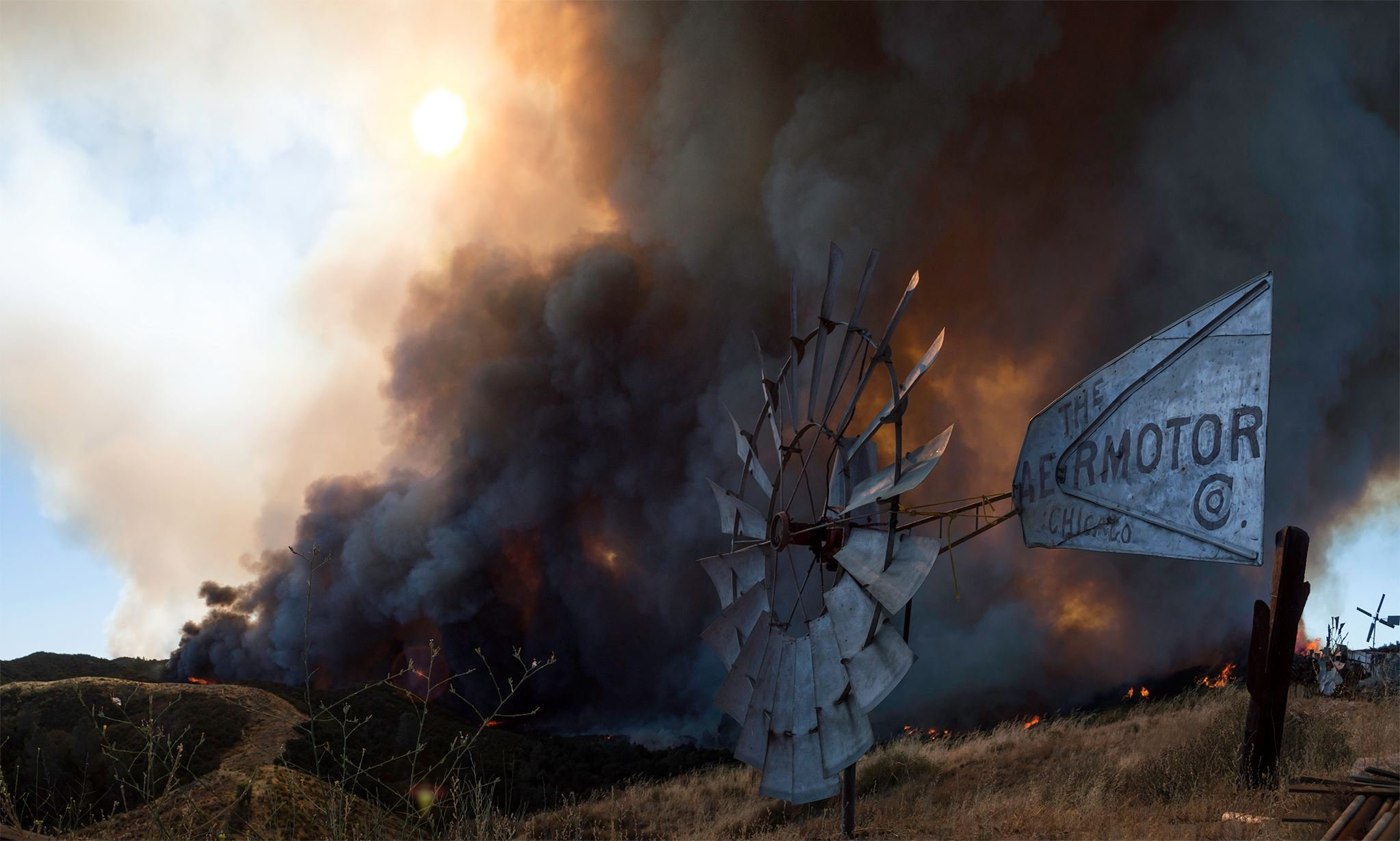 Hill Fire photo by Jonvieve Grist