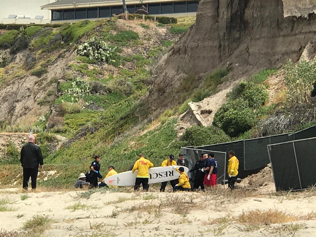 Rescue crews at the scene of a scaffolding collapse at Pismo Beach. (KSBY photo)