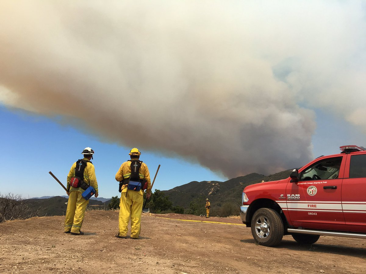 Wall Fire containment nears 100 percent after a weeklong effort