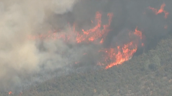 Evacuation order due to Detwiler Fire lifted for town of Mariposa