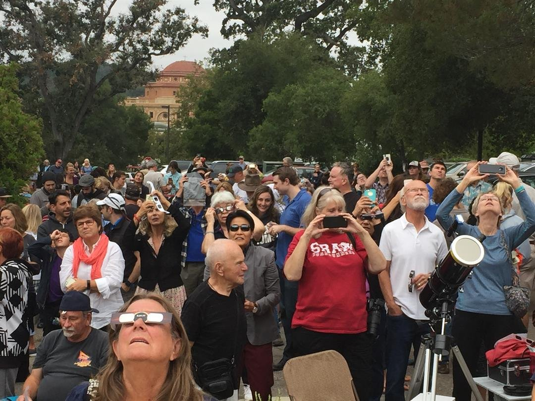 A crowd watched for the eclipse at the Atascadero Library. (KSBY photo)
