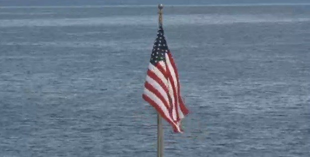 The U.S. flag is raised over the American embassy in Havana for the first time in 54 years on Aug. 14, 2015. (File Photo: NBC News)