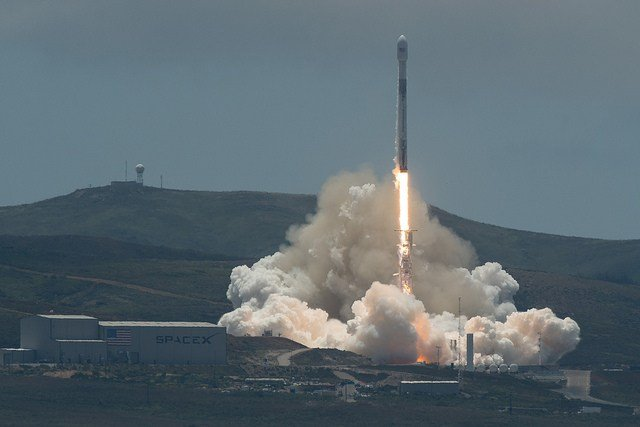 SpaceX rocket blasts off water-tracking satellite duo