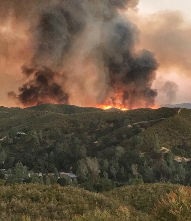 Hill Fire has grown more than 900 acres east of Santa Margarita. (Credit: Mary Franzmann)